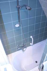 GdF052_bath